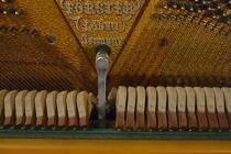 Отличное пианино August Forester