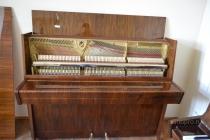 Чешское фортепиано Petrof